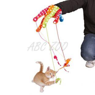 Játék macskák részére - kesztyű egerekkel