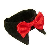 Kutya csokornyakkendő - piros, fekete gallérral, S